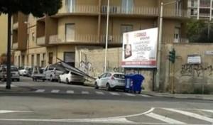 Cartelloni_crollo_via_nuoro_cagliari_polastri