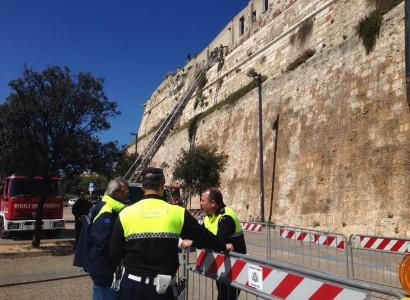 Crolli a Cagliari nel Bastione del Cammino nuovo