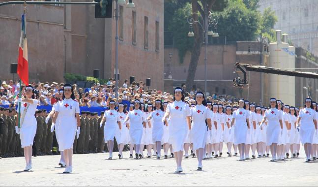 Manifestazione delle Crocerossine a Roma.