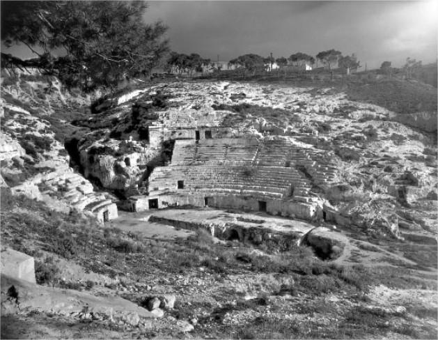 Anfiteatro-Romano-F_Patellani-1950-1