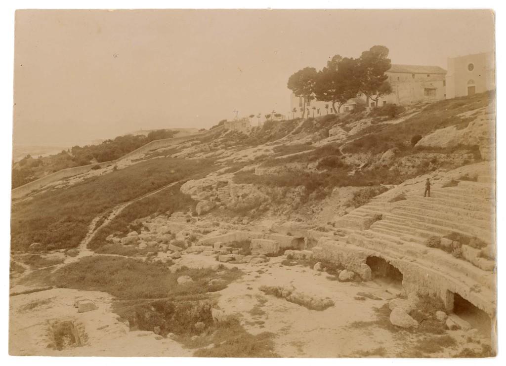 Immagine storica dell'Anfiteatro di Cagliari