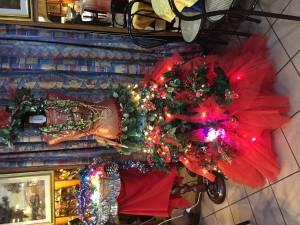 L'albero natalizio del bar Giardino