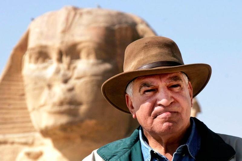 Un famoso archeologo assai attivo in Egitto
