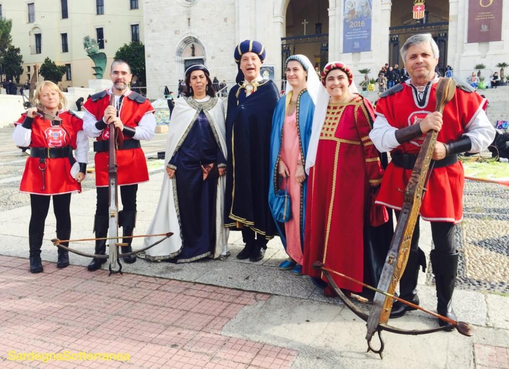 Con il corteo medievale durante una nostra visita guidata