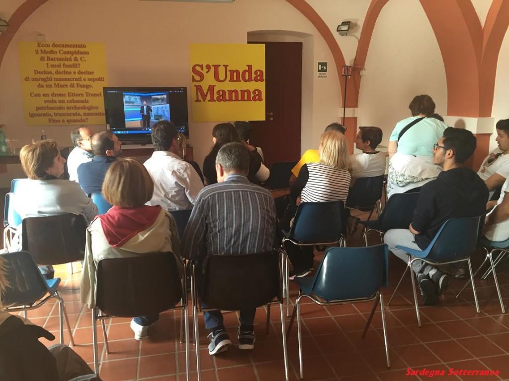 La mostra e la sala conferenze di villa Pitzalis a Tuili