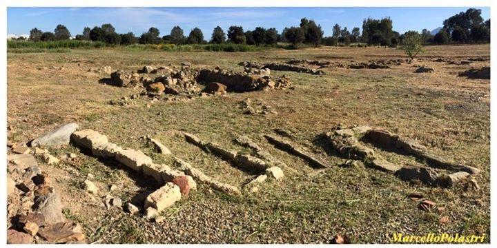 Antiche tombe a Villaspeciosa