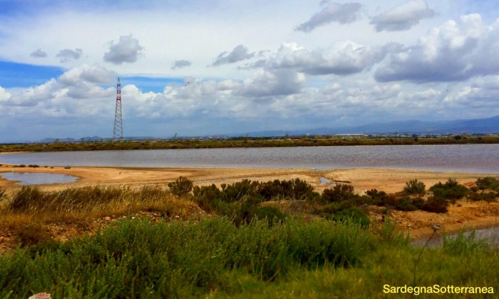 La laguna ai margini di Capoterra