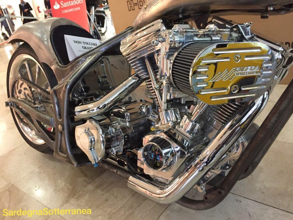 Un motore lucente quanto un gioiello