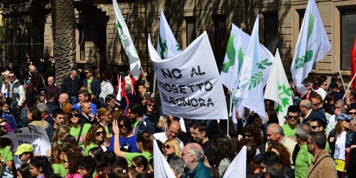 Protesta di Progres per il progetto Eleonora