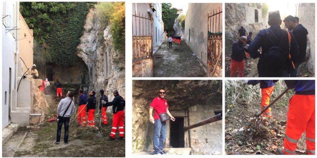 I volontari impegnati nelle operazioni di pulizia a Cagliari