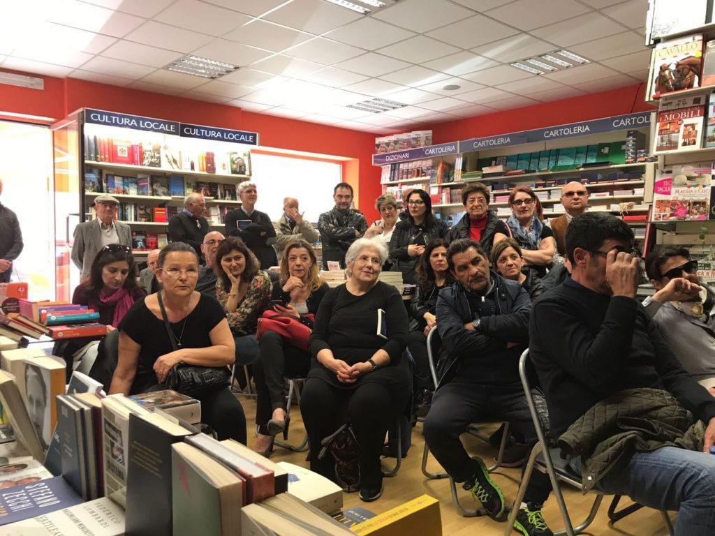 Polastri nella libreria Mondadori di Mario Camboni a Cagliari