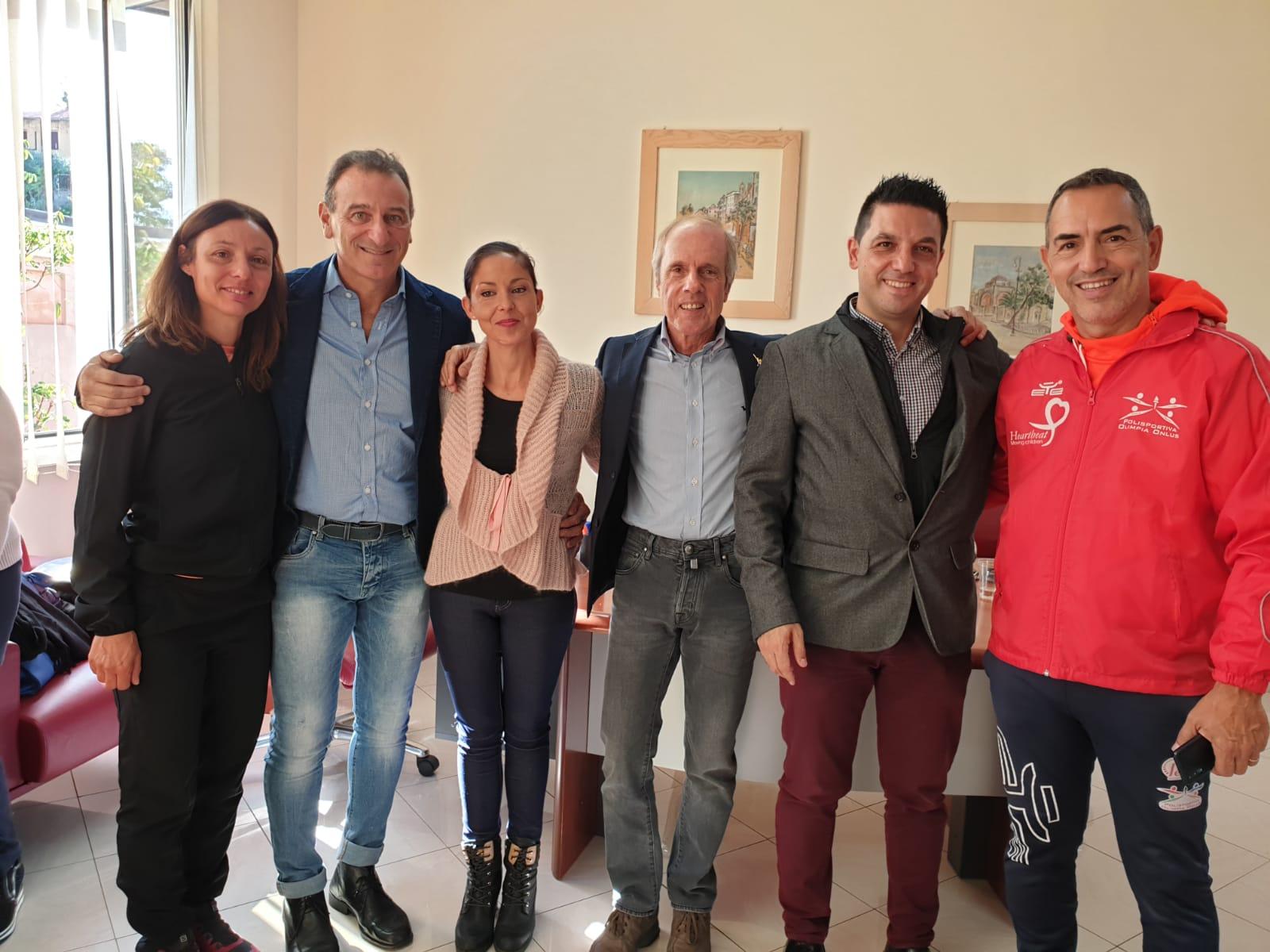 Momenti della premiazione per l'Olimpia Onlus di Cagliari
